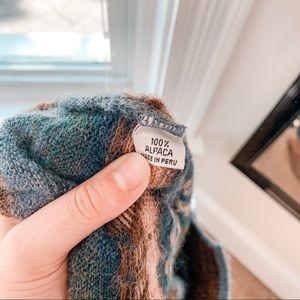 Vintage Sweaters - VINTAGE | 100% Alpaca Fair Isle Knit Sweater Sz L